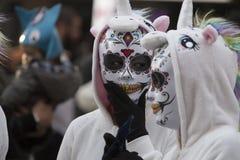 LOULE, ПОРТУГАЛИЯ - ФЕВРАЛЬ 2018: Красочный парад масленицы (Carnaval) Стоковые Фотографии RF