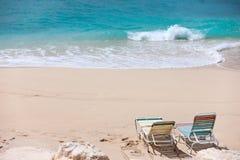 Loungers на пляже Стоковая Фотография RF