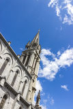 Lourdes, Francia, Hautes Pirenei Basilica della nostra signora del cielo blu del abd del rosario Fotografia Stock Libera da Diritti
