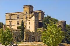 Lourmarin Schloss (chateau de Lourmarin), Provence, Frankreich Lizenzfreie Stockfotografie