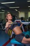 Louro bonito no gym fotos de stock royalty free