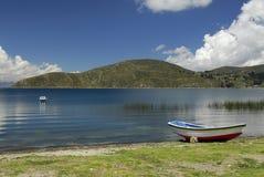 Louro do lago Titicaca como visto de Isla del Solenóide Fotografia de Stock