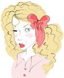 Louro na roupa cor-de-rosa Fotografia de Stock Royalty Free