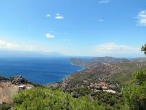 Loutraki, vista do Golfo de Corinto fotografia de stock