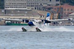 Loutre de jumeau du Canada DHC-6-300 de Havilland de lignes aériennes de l'oiseau marin de TC-SBU Images stock