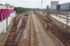 LOUVAIN, BELGIQUE - 4 SEPTEMBRE 2014 : Vue de la gare ferroviaire de Louvain Est la gare ferroviaire principale dans la ville de  Photographie stock