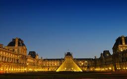 Louver πανόραμα του Παρισιού μουσείων στοκ εικόνα με δικαίωμα ελεύθερης χρήσης