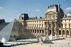Louvre Stock Foto's