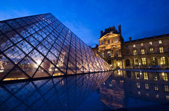 Louvre museum Paris at night Royalty Free Stock Photography