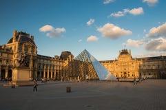 Louvre muzeum Zdjęcia Stock