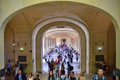 Louvre muzeum korytarz zdjęcia stock