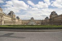Louvre muzeum | Paryż, Francja zdjęcie stock