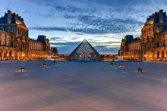 Louvre muzeum - Paryż, Francja obraz royalty free