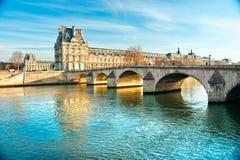 Louvre muzeum Paryż, Francja, - Obraz Royalty Free