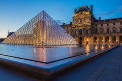 Louvre muzeum w Paryż obraz stock