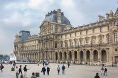 Louvre pałac w Paryż, Francja obrazy royalty free