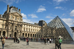 Louvre a Parigi Immagine Stock