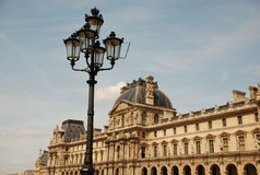 Louvre - Parijs Stock Afbeeldingen
