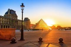 Louvre vibrante do por do sol Imagem de Stock