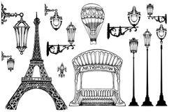 Louvre y las clases de la torre Eiffel de París Fotografía de archivo libre de regalías