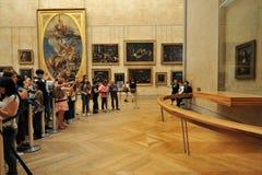 Louvremuseet den största konstmusemet för världs` s och en historisk monument i Paris, Frankrike Arkivfoto