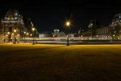 Louvremuseet i paris e.m. Arkivfoton
