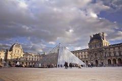 Louvremuseum. Paris Frankrike. Fotografering för Bildbyråer