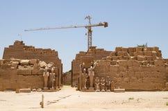 Louxor, Egypte, le 23 juillet 2014 Ruines dans le temple de karnak Image libre de droits