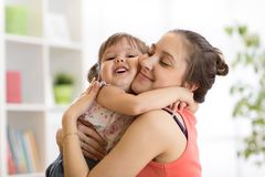 Free Love And Family People Concept - Happy Mother And Child Daughter Hugging At Home Royalty Free Stock Photo - 118751315