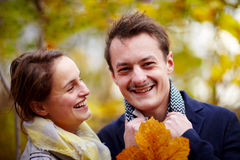 Love - Happy young couple smiling at you Royalty Free Stock Photo