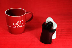 Love, kiss and hug with heart on cup, salt and pepper Stock Photography