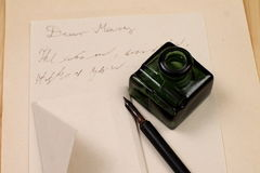 Love letter and fountain pen. Old letter paper és ink Royalty Free Stock Images
