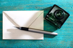 Love letter and fountain pen. Old letter paper és ink Royalty Free Stock Photography