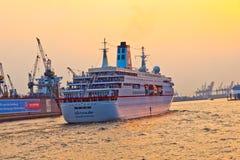 Loveboat sul fiume Fotografie Stock