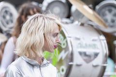 LoveBomb时髦的波特兰俄勒冈` s游行乐队 免版税库存图片