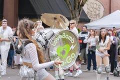 LoveBomb Aller-vont fanfare du ` s de Portland Orégon Image libre de droits