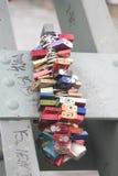 Lovelocks на мосте Eiserner Steg в Франкфурте, Германии Стоковая Фотография RF