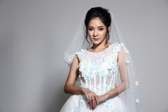 Free Lovely Asian Beautiful Woman Bride In White Wedding Gown Dress W Royalty Free Stock Images - 98407359