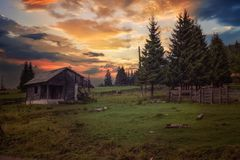 Warm sunset in the mountains Royalty Free Stock Photography