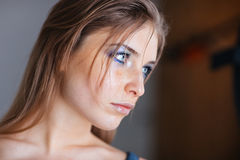 Lovely woman looking away Royalty Free Stock Photography