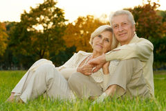 loving elderly couple Royalty Free Stock Photos