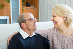 Loving senior couple at home Royalty Free Stock Images