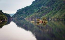 Lovrafjorden Νορβηγία Στοκ φωτογραφία με δικαίωμα ελεύθερης χρήσης