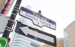 Low angle view of an arrow sign, Toronto, Ontario, Royalty Free Stock Photos