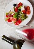 Low-calorie Griekse salade stock fotografie