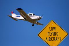 Low flying airplane Royalty Free Stock Photo
