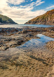 Low tide at Port Quin Royalty Free Stock Photography