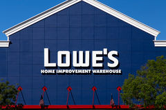 Lowe's-Heimwerken-Lager-Äußeres Stockbilder