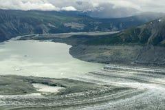 Lowell Glacier Edge och sjö, Kluane nationalpark, Yukon Royaltyfria Foton