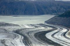 Lowell Glacier och sjö, Kluane nationalpark, Yukon Royaltyfria Foton